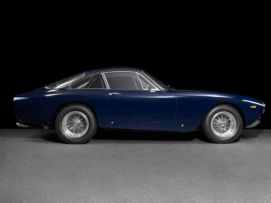 Ferrari Lusso Side