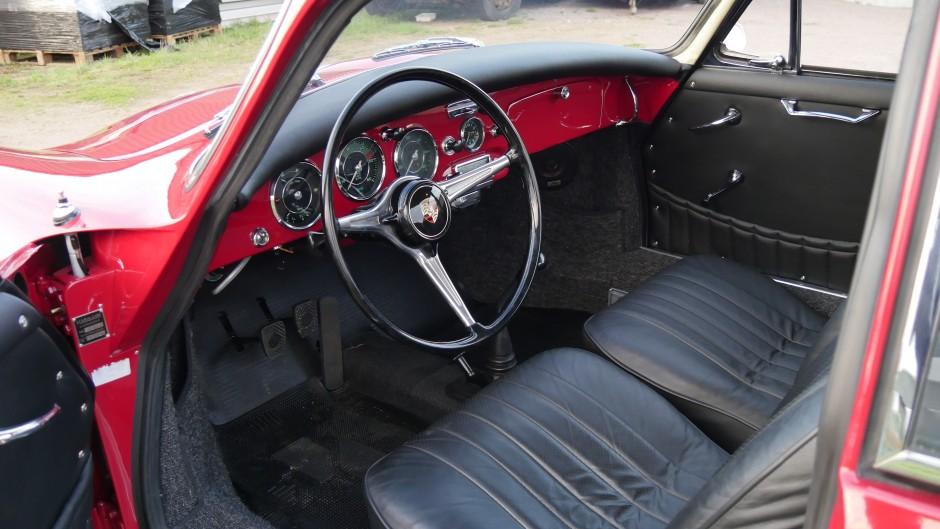 Porsche 356 B interior